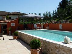 piscine traditionnelle hors sol