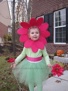 Cute Girl's Homemade Flower Costume... This website is the Pinterest of costumes