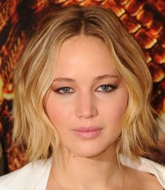 Star Power - Jennifer Lawrence Buys Jessica Simpson's Beverly Hills Home - Photos