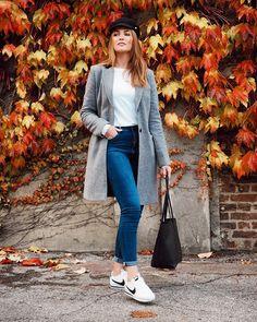 L e i g h C r a w f o r d (@life.of.leigh) • Fotos e vídeos do Instagram Winter Coat, Foto E Video, Instagram, Jackets, Life, Fashion, Pictures, Down Jackets, Moda