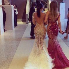 P I N T E R E S T : @SAMHATHERLEY Gowns Of Elegance, Elegant Gowns, Prom Dresses, Formal Dresses, Wedding Dresses, Silver Anniversary, Glitz And Glam, Dream Dress, Dress Up