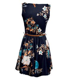 Love this dress- it'd be great for fall paired with cute tights and flats.
