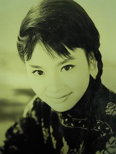 Shimizu Mayumi (清水まゆみ) 1940-, Japanese Actress