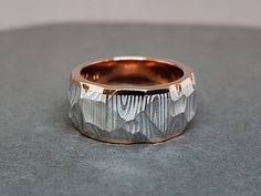 For extreme conditions in hot kitchen. Damascus Ring, Damascus Steel, Chefs, Gold Rings, Contrast, Conditioner, Rings For Men, Wedding Rings, Engagement Rings