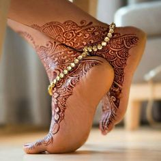 Top 8 Herbal & Organic professional Hair Color Free With Ammonia Beautiful Toes, Lovely Legs, Foot Henna, Leg Chain, Professional Hair Color, Anklet Designs, Ankle Jewelry, Fancy Jewellery, Bridal Mehndi Designs