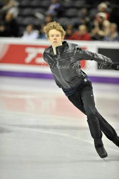 Kevin Reynolds)Canada)  Plactice : World Figure Skating Championships 2013 in London(CANADA)