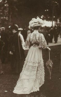 France, high class morning outfit,1900s