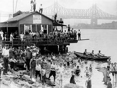 1921 Summertime on the East River