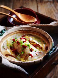 鶏もも肉のサムゲタン風鍋・モランボン水炊き味 by naomiさん | レシピ ...