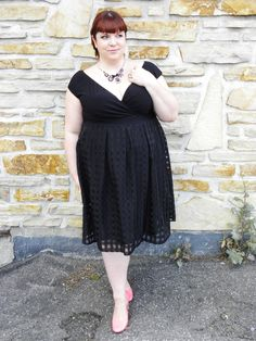Entre Montréal et New York: Outfit of the day: the Adelle Dress by Igigi /...