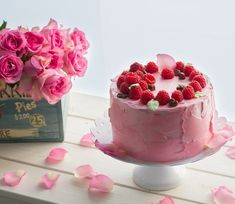 💙🍴 Best of Nordic Food 🍴💙 ✨✨✨ Page founded to feature The Best Nordic Food Images & Recipes ✨✨✨ 📷 Featuring today Raspberry Cake by… Raspberry Cake, Cheesecake, Food And Drink, Baking, Desserts, Recipes, Fallow Deer, Tailgate Desserts, Deserts