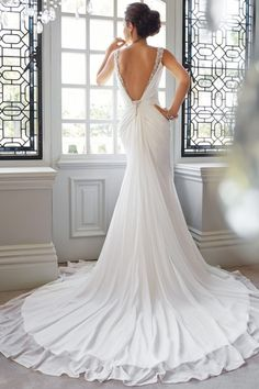 Straps Trumpet Chiffon V-back Lace Chapel Train Beach Wedding Dress - Shedressing.com