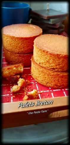 Palets Breton | Une Petite Faim Pastry Recipes, Cake Recipes, Patisserie Fine, Palet Breton, Desserts With Biscuits, Sweet Cooking, Cooking Stuff, Friend Recipe, Sweet Pie