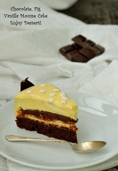 Winter Torte, Vanilla Mousse, Romanian Desserts, Mousse Cake, Lemon Bars, Something Sweet, Beautiful Cakes, Yummy Cakes, No Bake Cake
