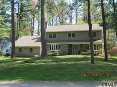 13 EAGLE TRACE Ballston Lake, New York $348,900 5_Bedrooms 3-1/2_Baths Colonial: 2 stall garage, family rm, FDR, 1 fireplace more pictures at: http://goo.gl/pNqeb http://RENY.net #Real Estate New York