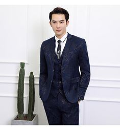Black Suit Men Business Banquet Wedding Suits Jacket with Vest and Tro - HESHEONLINE Mens Red Suit, Black Suit Men, Mens Suit Vest, Black Suit Jacket, Mens Suits, Black Pants Summer, Green Pants Men, Wedding Suit Styles, Wedding Suits