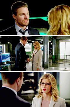 I love you. Oliver And Felicity, Felicity Smoak, Arrow Season 4, Arrow Tv Series, Funny Disney Memes, Flash Arrow, Stephen Amell, Green Arrow, Starling