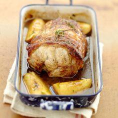 Rôti de porc au cidre et aux pommes (roast pork in cider and apples) Pork Recipes, Cooking Recipes, Pork Dishes, Pork Roast, Food Inspiration, Good Food, Dinner Recipes, Food And Drink, Lunch