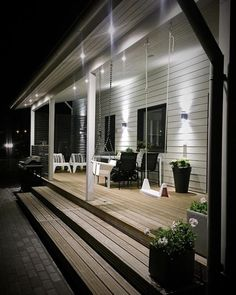 50 wonderful rustic farmhouse porch decor ideas 2019 amazing rustic farmhouse - Rustic Farm Home Veranda Pergola, Porch Veranda, Backyard Pergola, Veranda Design, Front Porch Design, Porch Steps, Summer Porch, Wooden Swings, Side Porch
