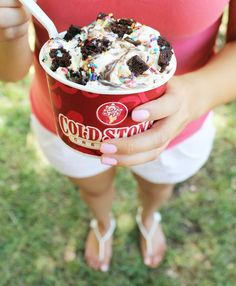 Live every day like it's your birthday with Cold Stone Creamery's Birthday Cake Remix Creation! #KentsDeals