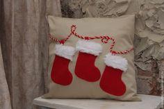Декоративные новогодние подушки. Идеи для вдохновения.... фото #7