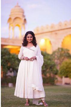 Saree Painting, Cotton Anarkali, Montessori Activities, Churidar, Kurtis, My Design, White Dress, Trends, Collection
