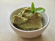 nesscooks: Avocado Cashew 'Cream'