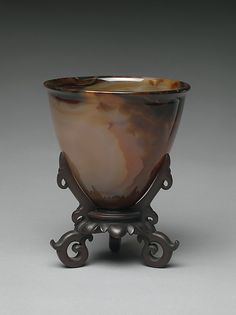 """Bowl, 18th century. Qing dynasty (1644–1911). China. The Metropolitan Museum of Art, New York. Gift of Heber R. Bishop, 1902(02.18.899) 