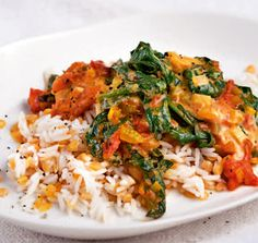 Spinat-Tomaten-Curry mit Linsen-Reis