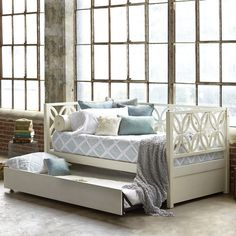 Bayview Daybed