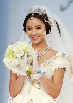 Hwang Jung Eum Korean Drama Movies, Korean Dramas, Kim Jong Min, Hwang Jung Eum, Kpop Girls, Girl Group, Actresses, Female Actresses, Drama Korea