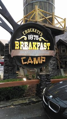 Crocketts Breakfast Camp, Gatlinburg - TN Awesome place to eat! A lot of food for a good price! Gatlinburg Vacation, Tennessee Vacation, Gatlinburg Tn, Gatlinburg Tennessee Attractions, Camping Places, Camping Spots, Alaska Travel, Alaska Cruise, Usa Travel
