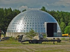 geodesic dome homes | GEODESIC DOMES (& TANKS!) FOR HUMANS – EFFICIENT OR FARCE?