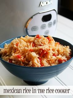 Basic Mexican Rice recipe in the Rice Cooker (frugal no crazy ingredients! - Rice Recipes Basic Mexican Rice recipe in the Rice Cooker (frugal no crazy ingredients! Aroma Rice Cooker, Rice Cooker Recipes, Cooking Recipes, Spanish Rice Recipe Rice Cooker, Tomato Rice Cooker Recipe, Rice In Rice Cooker, Cooking Ham, Cooking Steak, Gastronomia