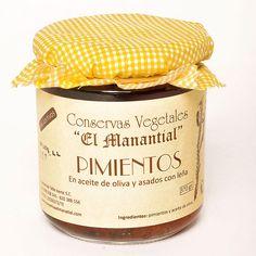 Pimientos en aceite de oliva y asada con leña. 370g 4,54€. Conservas vegetales El Manantial