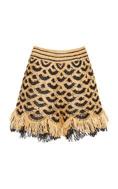 Get inspired and discover Oscar de la Renta trunkshow! Shop the latest Oscar de la Renta collection at Moda Operandi. Col Crochet, Learn To Crochet, Dress Patterns, Crochet Patterns, Vest Pattern, Crochet Fashion, Fashion 2020, Crochet Clothes, Knitting Projects