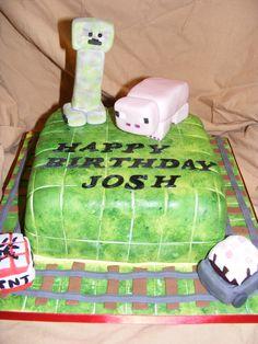"How to craft a ""Minecraft"" Birthday cake Minecraft Food, Minecraft Birthday Cake, 10 Birthday Cake, Birthday Cakes For Teens, Minecraft Crafts, Minecraft Party, 10th Birthday, Happy Birthday, Birthday Ideas"
