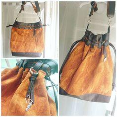 Poppy Couture sur Instagram: Un sac sceau en similicuir chocolat, et velour ras, couleurs automnales, bandouliere bi matiere aussi. Intérieur coton avec poche plaquée…