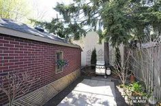 Photo 8 of 70 Runnymede Rd, Toronto, 3 + 1 beds, 2 baths - Find Homes For Sale, Baths, Ontario, Townhouse, Toronto, Condo, Garage Doors, Real Estate, Places