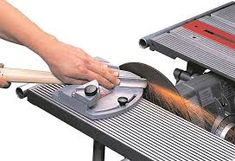 Shopsmith Sharpening Guide for Super Sharp Lathe & Bench Chisels Woodworking Lathe, Woodworking Projects Plans, Carpentry, Lathe Projects, Wood Projects, Micro Lathe, Small Lathe, Chisel Sharpening, Sharpening Tools