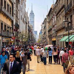 Los contrastes de la Masero . . . . #street #local #city #cdmx #mexico #wanderlust