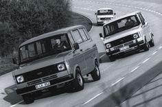1978-Форд-Транзит-фургонов-2-е поколение-на-Ломмель-доказывая-площадки-высокоскоростные-овал-справа-спереди-1