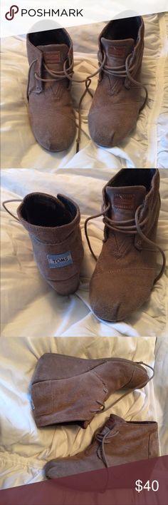 TOMS Tan Wedges 6.5 TOMS Tan Wedges 6.5 Toms Shoes Wedges