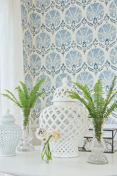 Turkish Damask by Thibaut - Blue / White : Wallpaper Direct Bathroom Wallpaper Trends, Kitchen Wallpaper, Damask Wallpaper, Designer Wallpaper, Paint Wallpaper, Wallpaper Ideas, Geometric Shapes Wallpaper, Textured Wallpaper, Contemporary Wallpaper