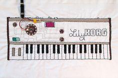 Duduá: Talleres de electro-textiles y sintetizador bordado