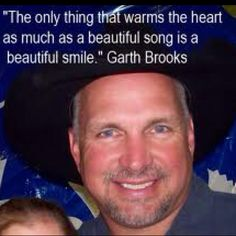 Garth knows all. Country Western Singers, Country Artists, Country Music, Beautiful Songs, Beautiful Smile, Shameless Garth Brooks, Oak Island Mystery, Bradenton Florida, Martina Mcbride