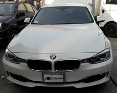 BMW 320i-Vista frontal completa