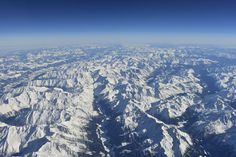 The Alps Somewhere Between Munich and Rome [OC] [6000x4000]