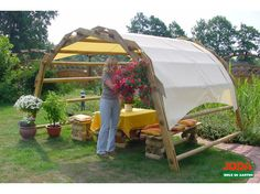 Nice yard idea, easy to replace the cover. Outdoor Buildings, Outdoor Structures, Timber Architecture, Landscape Structure, Barns Sheds, Diy Greenhouse, Gazebo, Garden Design, Backyard