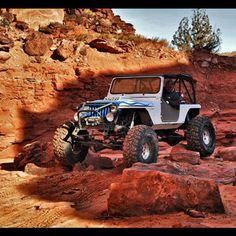 Jeep on the rocks, now this is my party!